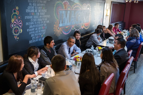 President Barack Obama and First Lady Michelle Obama have lunch with youth from the Standing Rock Sioux Tribe at We The Pizza/Good Stuff Eatery in Washington, D.C., Nov. 20, 2014. (Official White House Photo by Pete Souza)